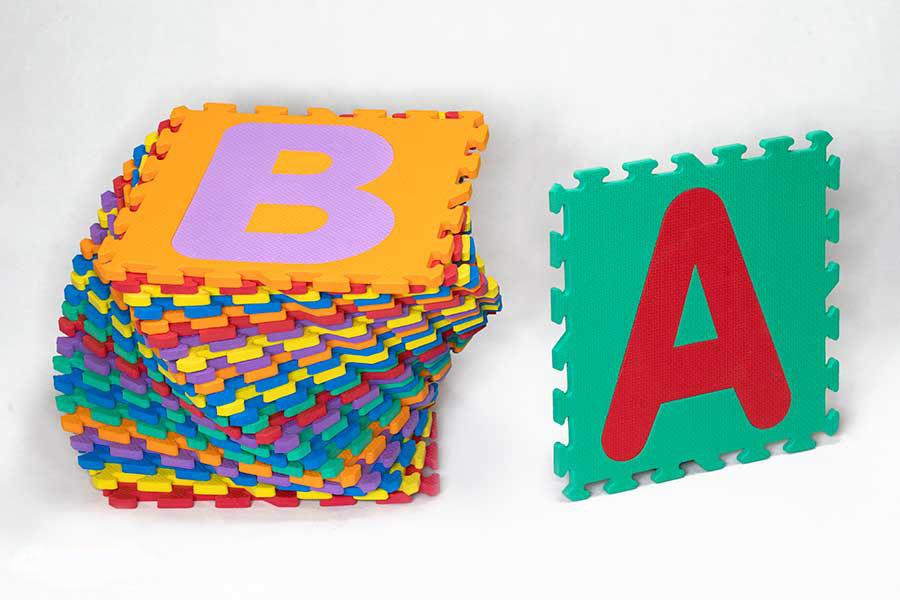 کفپوش مهدکودک حروف لاتین
